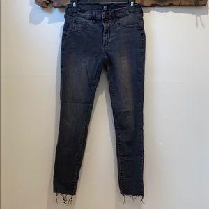 Gap favorite jagging gray jeans 27
